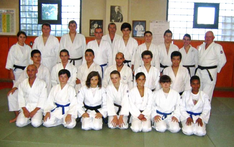 Photo de groupe du club de judo Aucamville Fonbeauzard